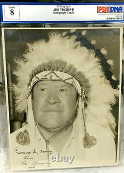 High quality vintage signed photo of Jim Thorpe Dated 1940 PSA/DNA Grade 8