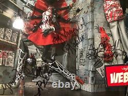 SDCC 2013 Monster High Doll Webarella SIGNED By Creators & Cast NIB